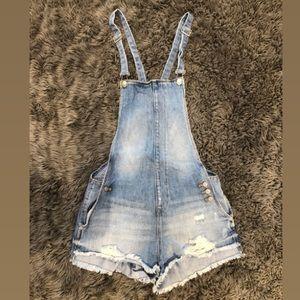 Trafaluc Demin Makers ZARA demim overall Shorts